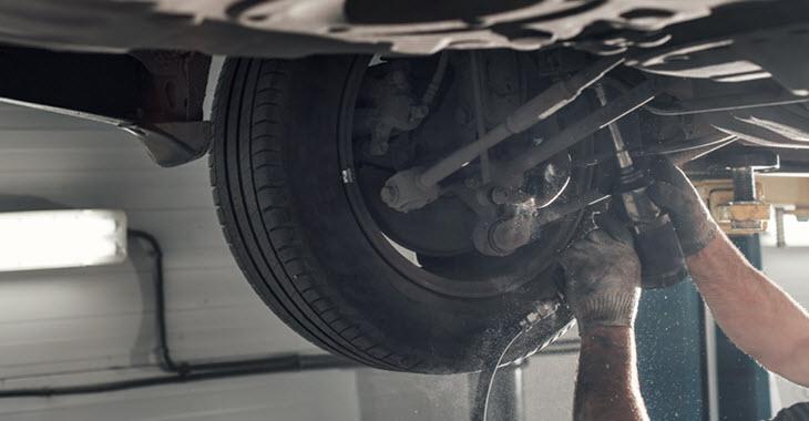 Land Rover Failed Suspension Strut Repair