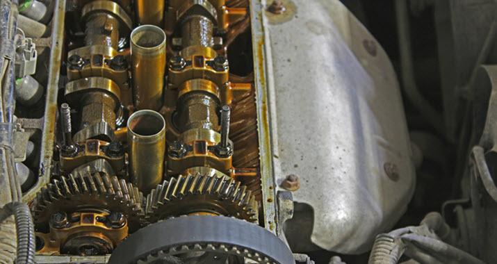 Audi Valve Cover Oil Leak Check